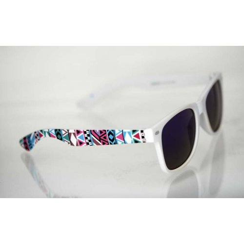 06aea7079 Dámske slnečné okuliare Wayfarer COLOUR biele